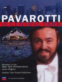 Pavarotti In Central Park - de Luciano Pavarotti, Members Of The New York Philharmonic, Leone Magiera