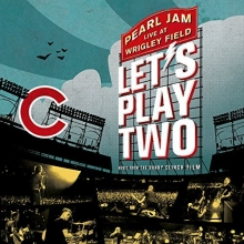 Let\'s Play Two-Live at Wrigley Field - de Pear Jam